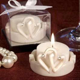 INTERLOCKING HEARTS DESIGN FAVOR CANDLES