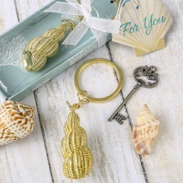 GOLD CONCH SHELL KEY CHAIN