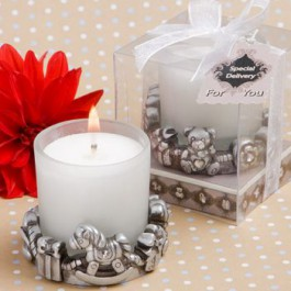 BABY-THEMED CANDLE FAVORS