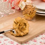 Realistic Rose in Matte Gold Design Mirror Compacts